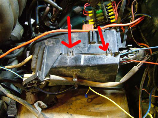 Showthread as well 2002 Toyota Celica Fuse Box Diagram Wiring Diagrams besides Toyota Tercel Fuel Pump Control Circuit furthermore Toyota Auris 2007 Engine Diagram as well Bunton Wiring Diagram Ignition Switch. on toyota echo wiring diagram ecm