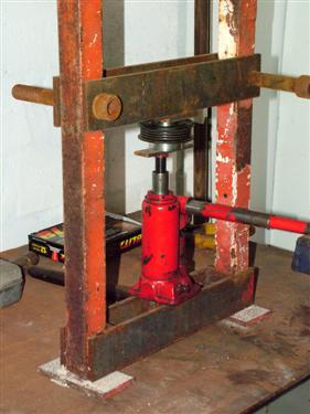 Electric Hydraulic Pump >> Home made portable press