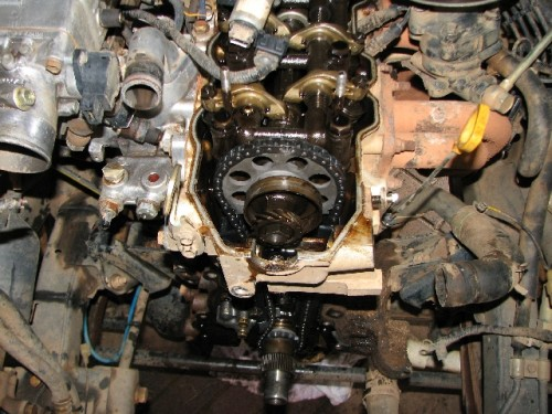 Replace Timing Chain 22R on toyota 22re head removal