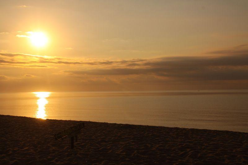 Hakuna sunset.jpg